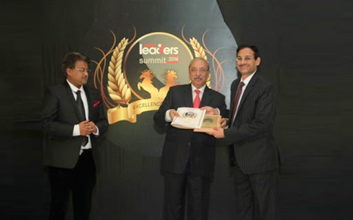 Nilon's receives the award at the Asia's Best and Fastest Growing Marketing Brands